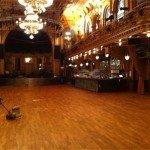 Stora salen som vi polerade golvet på
